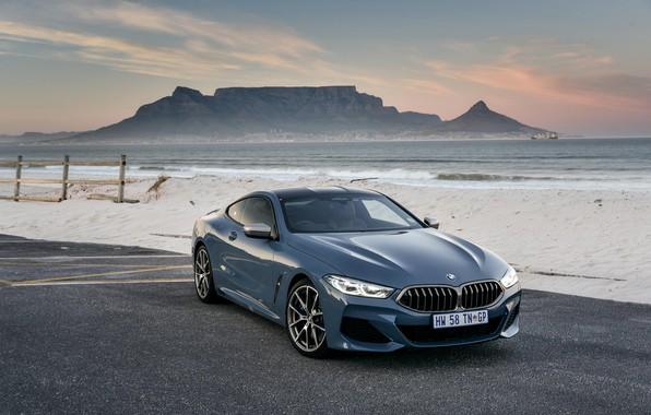 Картинка песок, берег, купе, BMW, 2018, 8-Series, 2019, бледно-синий, M850i xDrive, 8er, G15