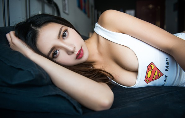 Картинка girl, logo, superman, cleavage, Asian, long hair, breast, photo, model, lips, face, brunette, chest, white …