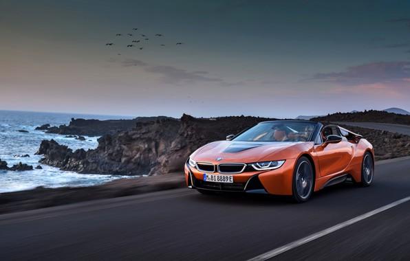 Картинка скалы, побережье, BMW, родстер, 2018, i8, тёмно-оранжевый, i8 Roadster