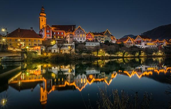 Картинка отражение, река, здания, дома, Австрия, ночной город, иллюминация, Austria, Штирия, Styria, Frohnleiten, Фронлайтен, Река Мур, …