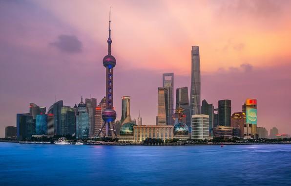 Картинка city, lights, China, Shanghai, twilight, tower, sky, sea, sunset, clouds, evening, buildings, architecture, skyscrapers, bay, …