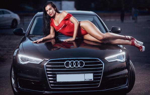 Картинка машина, авто, купальник, девушка, поза, Audi, ноги, фигура, на капоте, Сергей Шавин, Юлия Чеканова