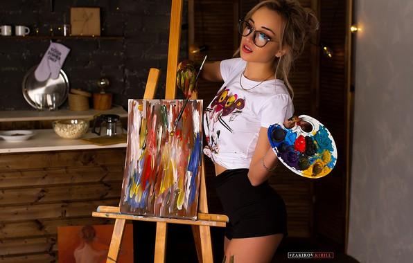 Картинка colors, colorful, girl, shorts, long hair, legs, photo, photographer, model, bokeh, lips, face, painting, blonde, …