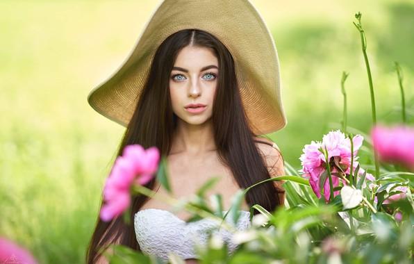 Картинка цветы, поза, волосы, Девушка, шляпа, Андрей Левитан