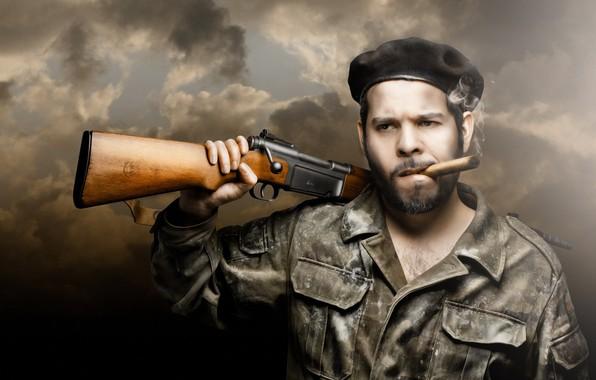 Картинка человек, сигара, винтовка