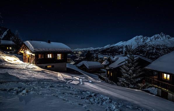 Картинка зима, снег, пейзаж, горы, ночь, природа, село, дома, Швейцария, долина, освещение, Rosswald
