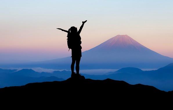 Картинка девушка, горы, путешествия, силуэт