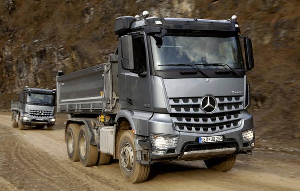 Картинка дорога, Mercedes-Benz, серые, 2013, трёхосный, Arocs, самосвалы