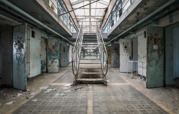 Картинка лестница, камеры, тюрьма