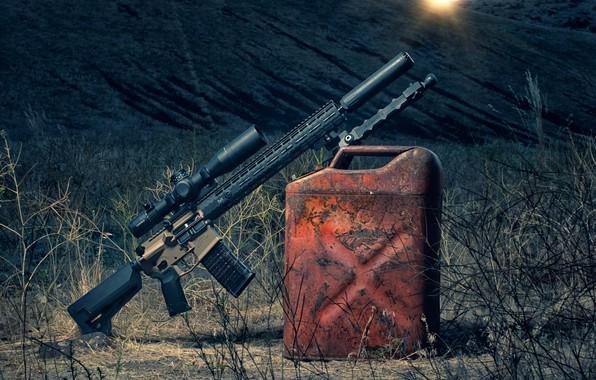 Картинка оружие, рассвет, оптика, канистра, штурмовая винтовка