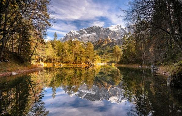 Картинка осень, лес, деревья, горы, озеро, отражение, Германия, Бавария, Germany, Bavaria, Bavarian Alps, Баварские Альпы, Werdenfelser …