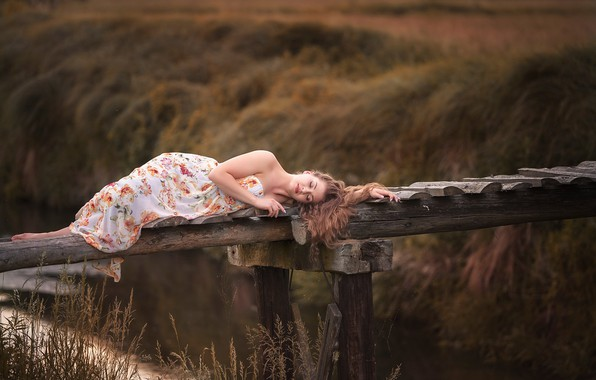 Картинка девушка, река, настроение, ситуация, лежит, мостик, Finus, Robert Wypiór, Claudia Jagodzińska