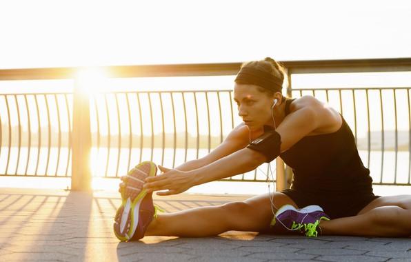 Картинка солнце, девушки, спорт, Девушка, фитнес, уЛица