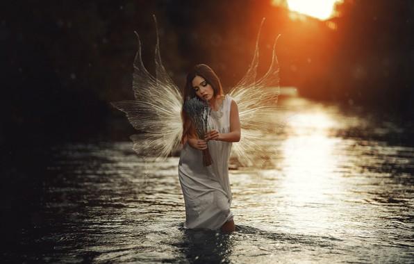 Картинка девушка, река, ангел