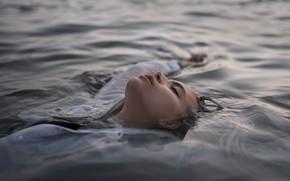 Картинка девушка, в воде, Макс Fiyah