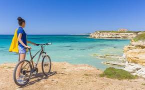 Картинка море, девушка, велосипед, берег, турист, Сардиния, Sardegna, S'Arena Scoada