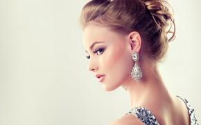 Картинка девушка, модель, макияж, прическа, сережки, edwardderule