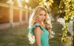 Картинка листья, свет, волосы, Девушка, Блондинка, кудри, Георгий Дьяков