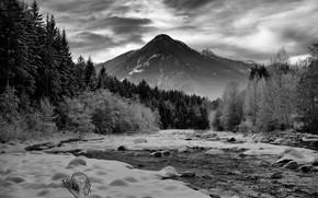 Картинка зима, лес, небо, облака, снег, горы, природа, река, скалы, black & white, черно-белое, монохром