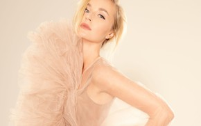Картинка взгляд, модель, макияж, актриса, певица, model, hair, actress, Полина Гагарина, Polina Gagarina