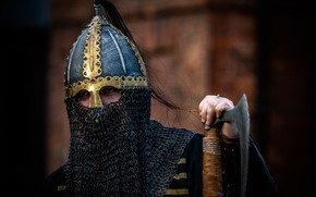 Картинка воин, шлем, топор, кольчуга