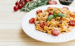 Картинка тарелка, помидоры, соус, томаты, блюдо, специи, розмарин, пармезан, паста, базилик