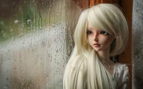 Картинка дождь, кукла, окно, блондинка