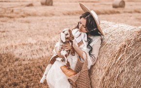 Картинка поле, девушка, шляпа, ягнёнок, кипа