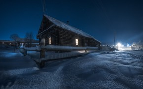 Картинка зима, снег, пейзаж, ночь, природа, село, дома, фонари, изгородь, Пермский край, Андрей Чиж, Григорьевское
