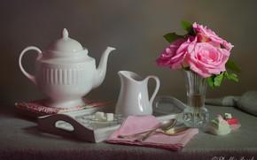 Картинка цветы, стиль, розы, чайник, сахар, натюрморт, пирожные, салфетка, поднос, вазочка, ложки