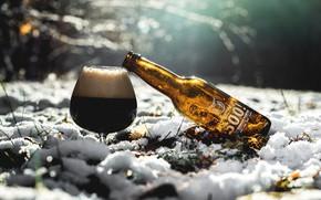 Картинка зима, снег, бутылка, пиво, напиток, бренд
