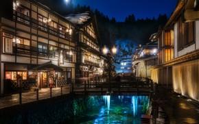 Картинка зима, снег, пейзаж, ночь, луна, дома, сосульки, Япония, освещение, фонари, мостики, источник, отели, Ямагата, Гиндзан …