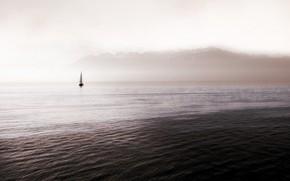 Картинка небо, тучи, туман, океан, лодка, горизонт, парус
