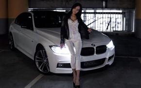 Картинка Девушки, BMW, красивая девушка, Валерия, белый авто, позирует над машиной