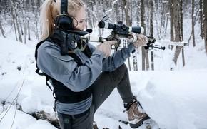 Картинка Девушка, Блондинка, Винтовка, Зимний Лес, Снайперская винтовка Лобаева, ДВЛ-10 «Урбана», Lobaev Arms