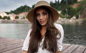 Картинка girl, hat, brown eyes, photo, photographer, model, lips, brunette, shirt, portrait, mouth, white shirt, looking …