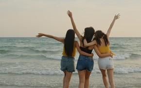 Картинка море, девушки, веселье, подруги