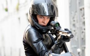 Картинка поза, оружие, байк, шлем мотоциклиста, Rebecca Ferguson, Ребекка Фергюсон, Миссия невыполнима: Последствия, Mission: Impossible – …