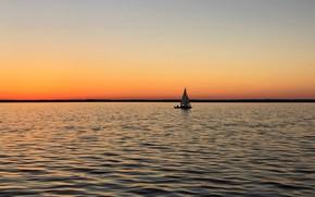 Картинка море, побережье, лодка, утро, парус