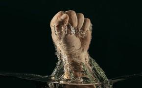 Картинка вода, рука, кулак