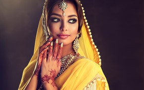 Картинка девушка, поза, стиль, макияж, Beautiful, Indian, Dress, София Журавец
