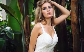 Картинка поза, модель, портрет, растения, макияж, платье, прическа, блондинка, в белом, Anastasia Vervueren