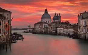Картинка город, рассвет, здания, дома, лодки, утро, Италия, Венеция, собор, Гранд-канал