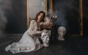 Картинка девушка, поза, платье, зеркала, статуи, на полу, подсвечник, табурет, by Альбина Пономарева, Алина Касаткина