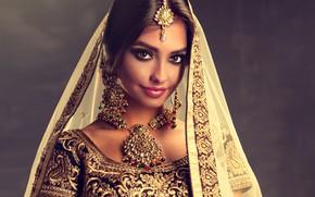 Картинка девушка, стиль, портрет, украшение, Beautiful, woman, колье, Indian, Dress, София Журавец