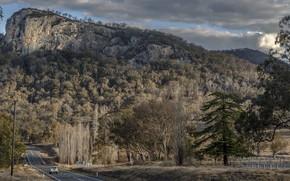 Картинка Australia, south of Tenterfield NSW, Bluff Rock, New England Highway