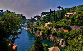 Картинка море, зелень, небо, солнце, деревья, дома, бухта, яхты, лодки, Италия, Portofino, Лигурия