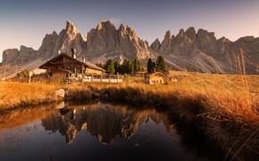 Картинка осень, трава, вода, пейзаж, горы, природа, дома, Италия, луга, ферма, Доломиты, Georgi Mitev