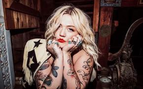 Картинка тату, блондинка, губы, певица, татуировки, tattoo, singer, Эль Шнайдер, Elle King, Elle Schneider
