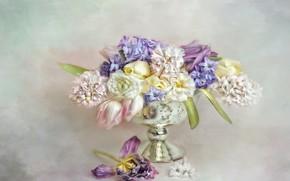 Картинка листья, цветы, букет, желтые, лепестки, арт, тюльпаны, ваза, розовые, белые, натюрморт, живопись, светлый фон, разные, …
